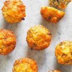 æggemuffins med sød kartoffel