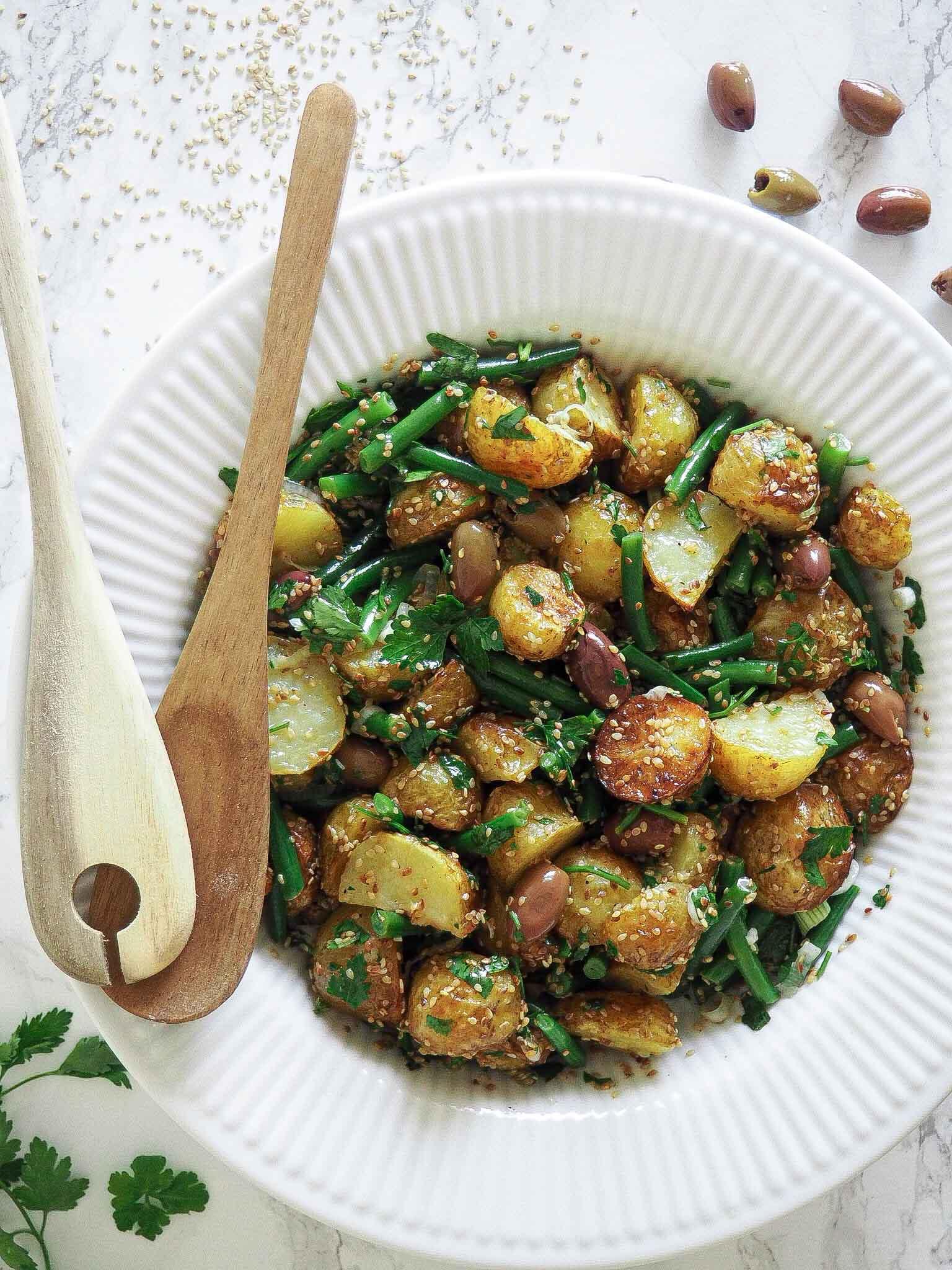 Kartoffelsalat med sesam