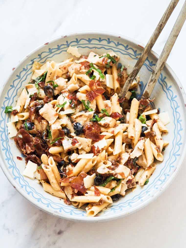 Italiensk pastasalat med kylling