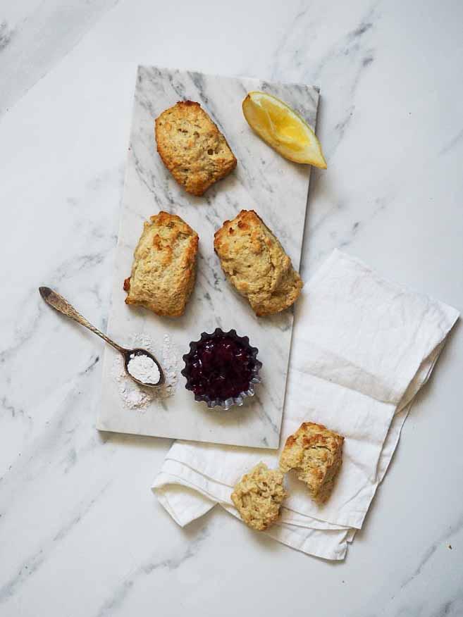 scones med citron og vanilje