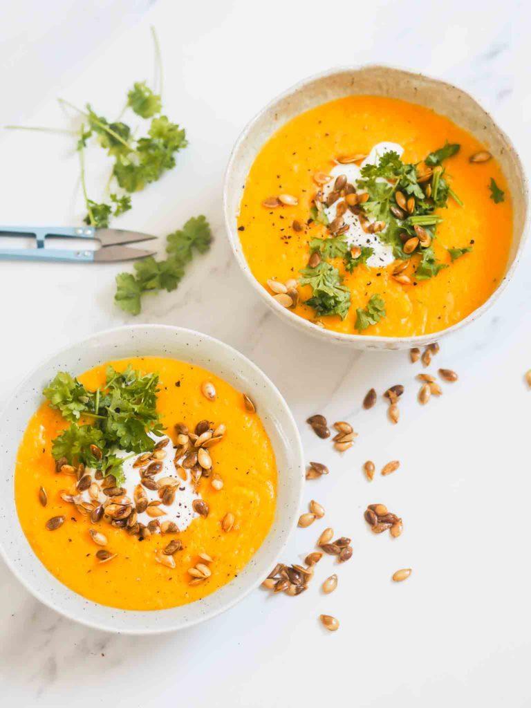 Butternut squash suppe med røde linser