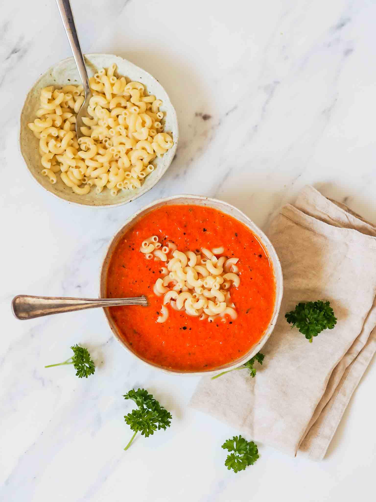 Nem tomatsuppe med mascarpone
