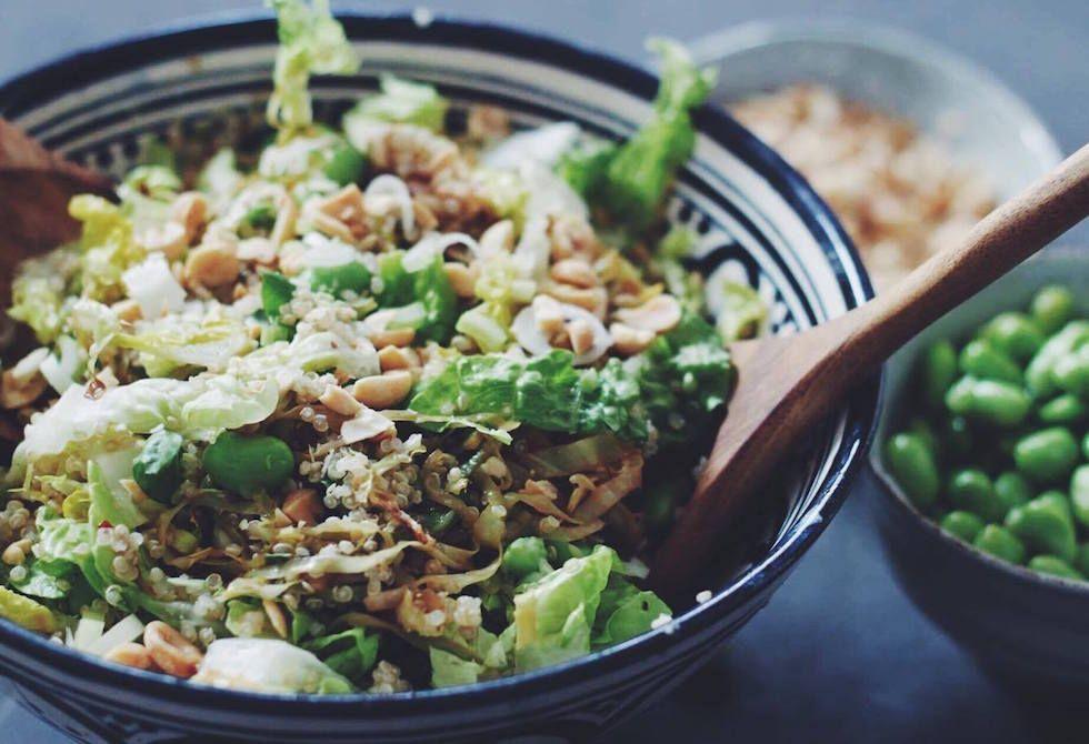 salat med quinoa og spidskål
