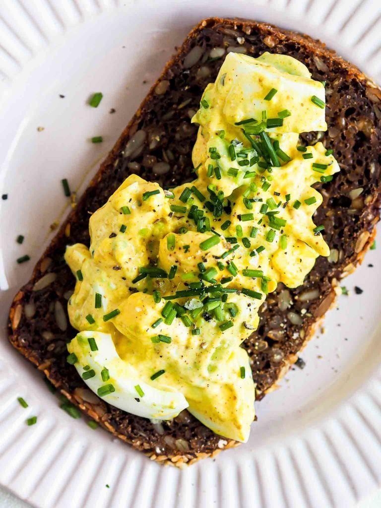 mad med æggesalat